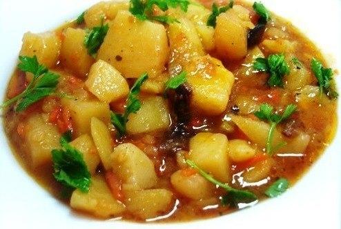 Тушёная картошка с мясом и овощами рецепт с пошагово