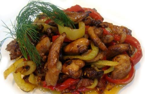 Слоеные салаты и рецептами и без грибов